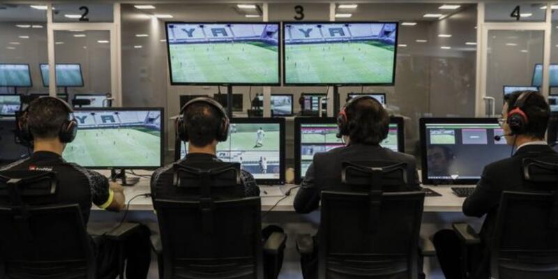 Beşiktaş - Galatasaray derbisinin VAR hakemi açıklandı