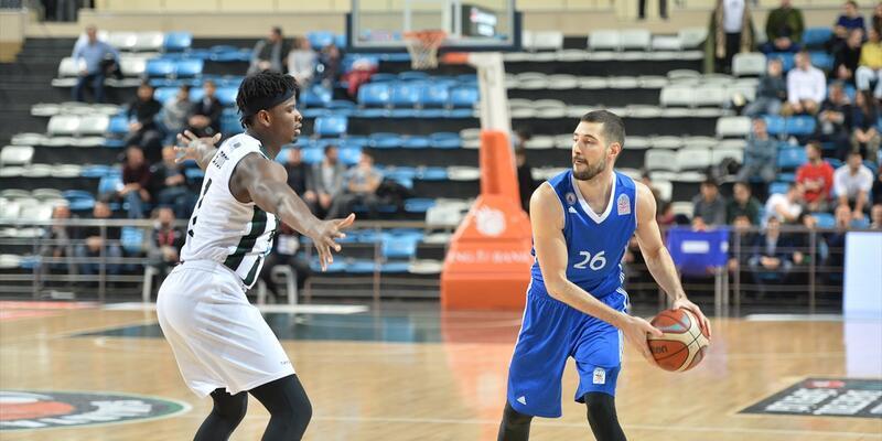 Adatıp Sakarya Büyükşehir Belediye Basketbol 82-77 İstanbul Büyükşehir Belediyespor maç sonucu
