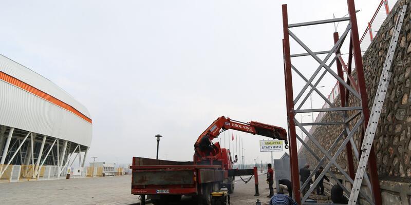 Yeni Malatya Stadyumu çevresine ek merdiven