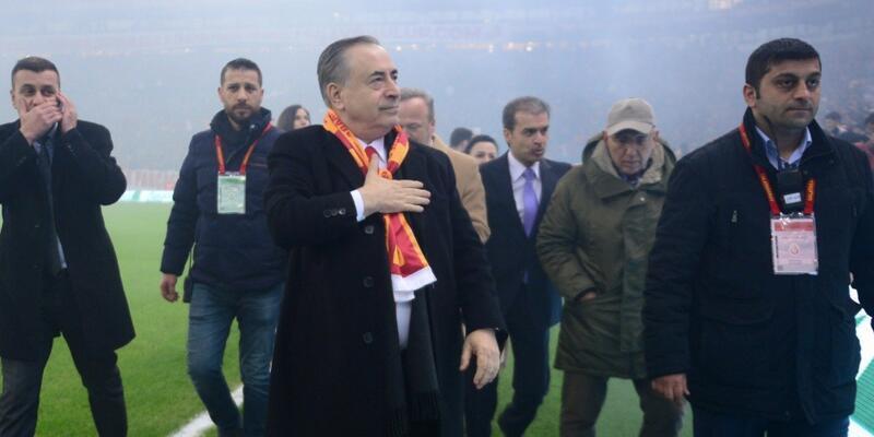 Mustafa Cengiz Manchester City ile görüşüyor