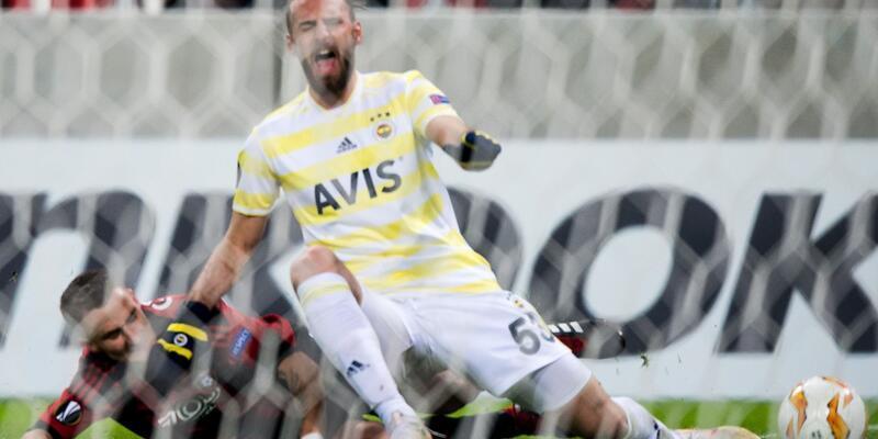Fenerbahçe sosyal medya hesabı statları karıştırdı