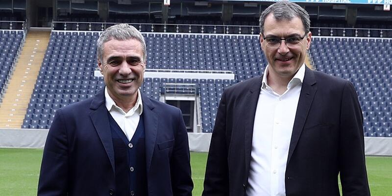 Fenerbahçe Ersun Yanal'a imza töreni düzenleyecek