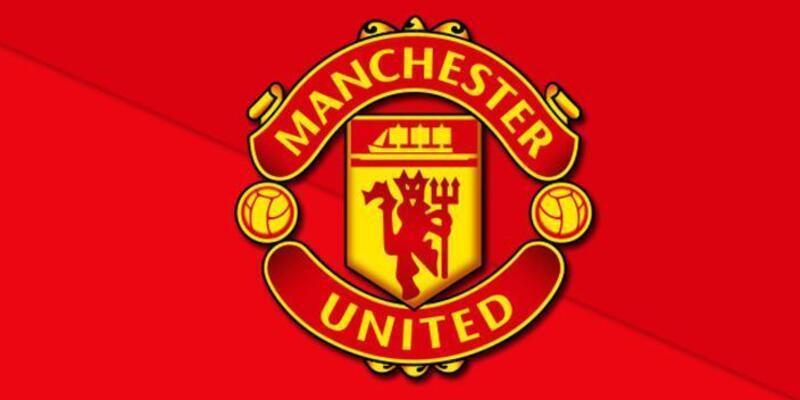 Eski Manchester United'lı futbolcu demir parmaklıkların üzerine düştü