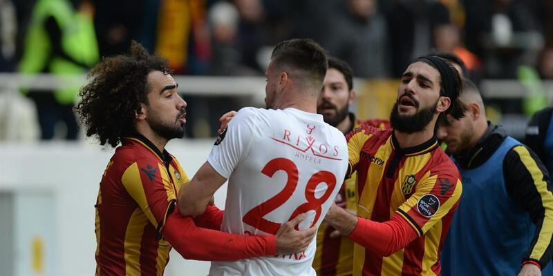 Sadık Çiftpınar ve Diego'ya 2 maç ceza