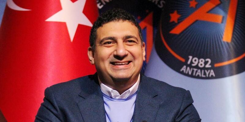 Antalyaspor Başkanı kaçan ikinciliğe yanıyor