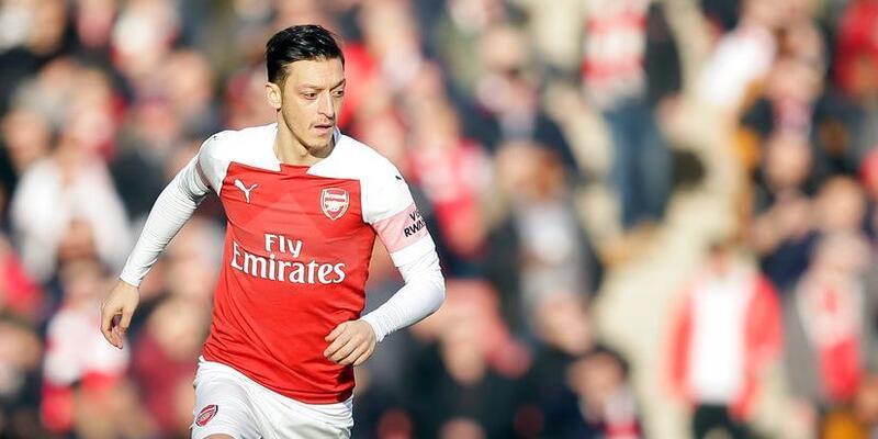 """""""Mesut Özil iki yıldır hayalet gibi"""""""