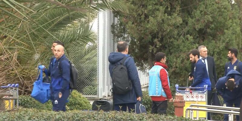 Fenerbahçe Antalya'ya gitti