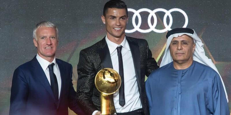 Ronaldo yeni yıla ödülle başladı