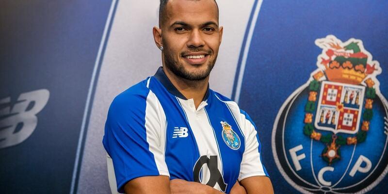Porto yeni transferini duyurdu