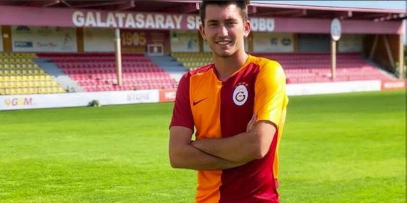 Ogün Çalışkan Galatasaray'la imzaladı