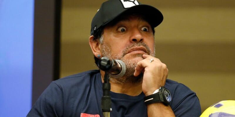 Maradona mide kanaması geçirdi