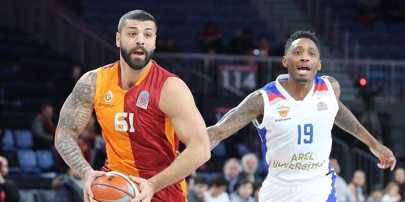Galatasaray 8. galibiyetini aldı