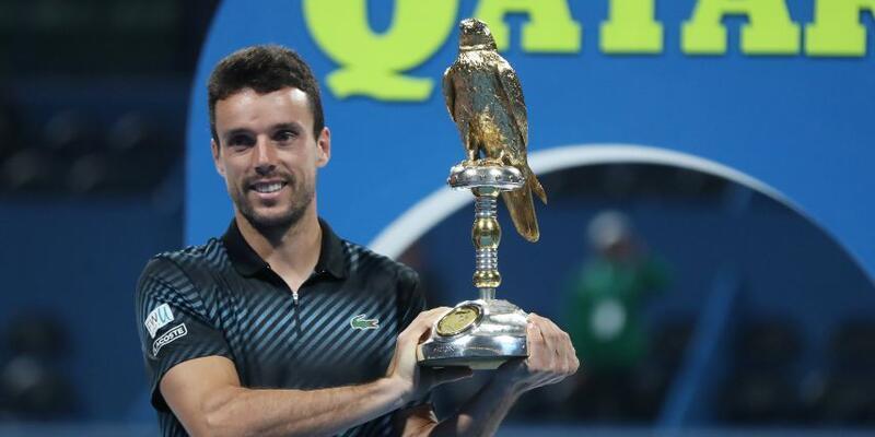 Djokovic'i eleyen Agut, Katar Açık'ta şampiyon oldu