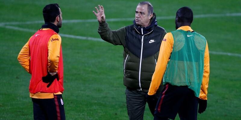 Fatih Terim üç futbolcuyla özel olarak görüştü