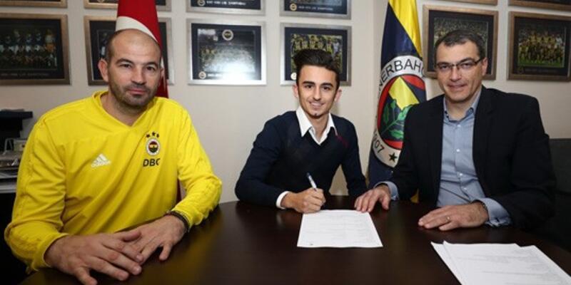 Fenerbahçe genç futbolcuyla sözleşme imzaladı