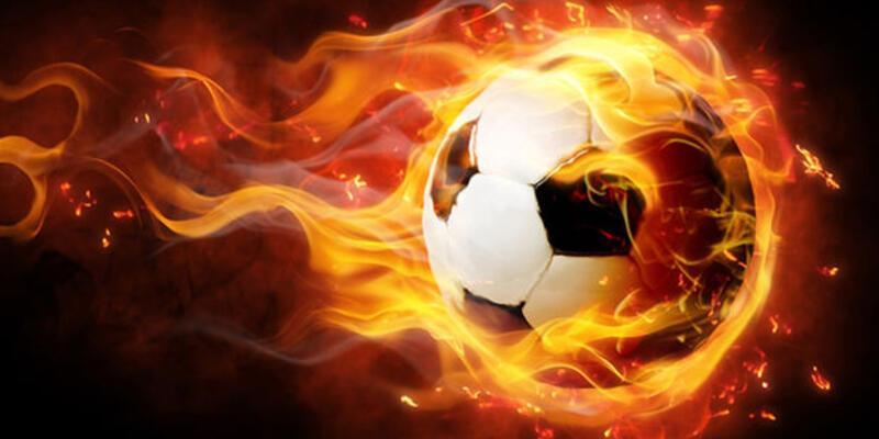 Başakşehir'de iki futbolcuyla yollar ayrılıyor