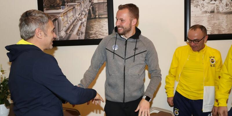 Michal Kadlec Fenerbahçe kampını ziyaret etti