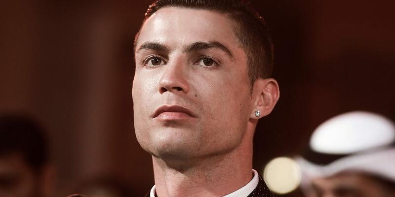 Cristiano Ronaldo hakim karşısında