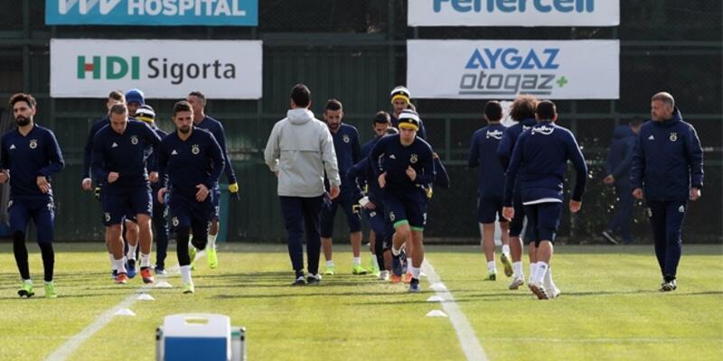 Fenerbahçe'nin Bursaspor maçı kadrosu açıklandı