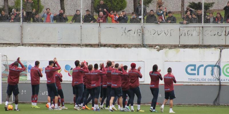 Trabzonspor'a antrenmanda taraftar desteği