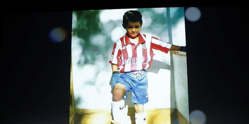 Atletico Madrid yeni transferini tanıttı