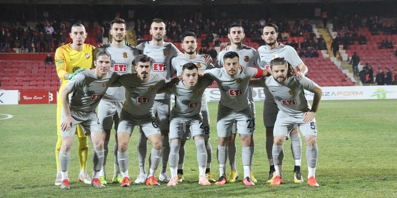 Eskişehirspor'un transfer yasağı kaldırıldı