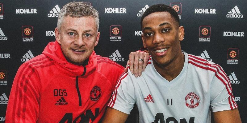 Anthony Martial imzayı attı