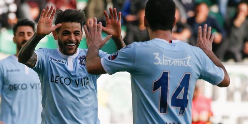 Akhisarspor 0-3 Başakşehir / Maç Özeti