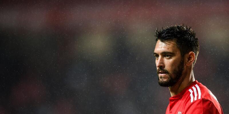 Benfica seriye bağladı