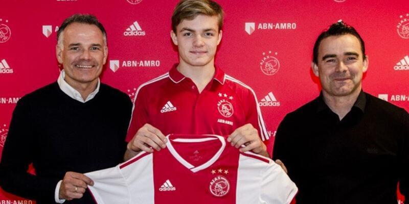 Ajax 16 yaşındaki kanat oyuncusunu transfer etti