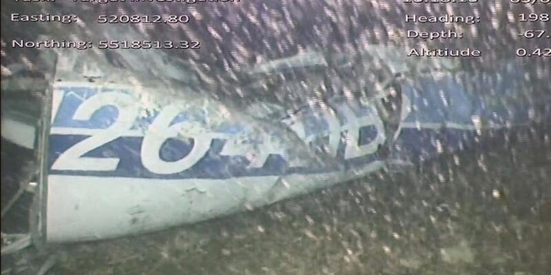 Sala'nın uçağındaki ceset denizden çıkarıldı