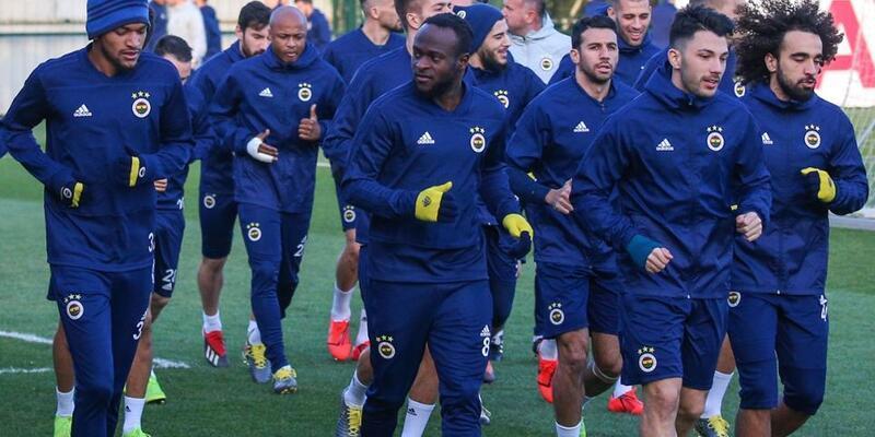 Fenerbahçe Zenit maçı hazırlıklarını tamamladı