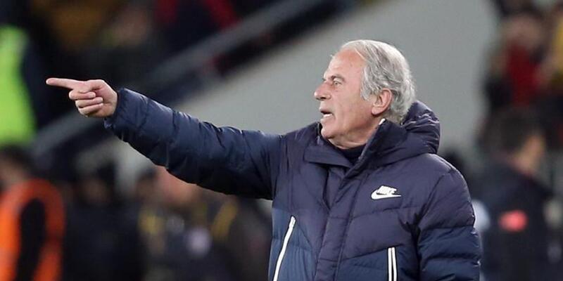 Mustafa Denizli: Şimdi çok daha kolay gol yiyoruz