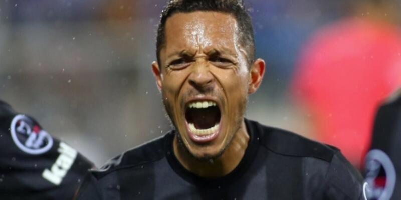 Adriano: Neymar pişman oldu