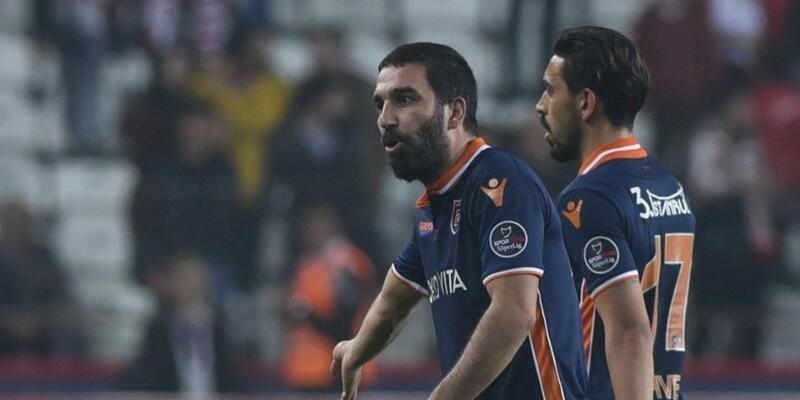 Arda Turan: Galatasaray ve Beşiktaş'la başa çıkmak çok zor