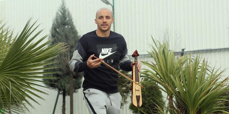 Aatif 9 ay sonra gol attı