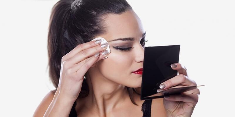 Kalıcı makyaj kadınları mutlu ediyor