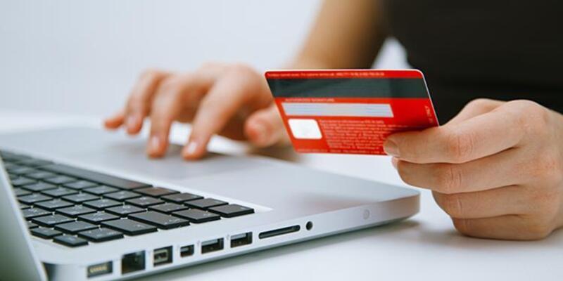 Kredi kartı bilgilerini kopyalayan 4 kişiye gözaltı