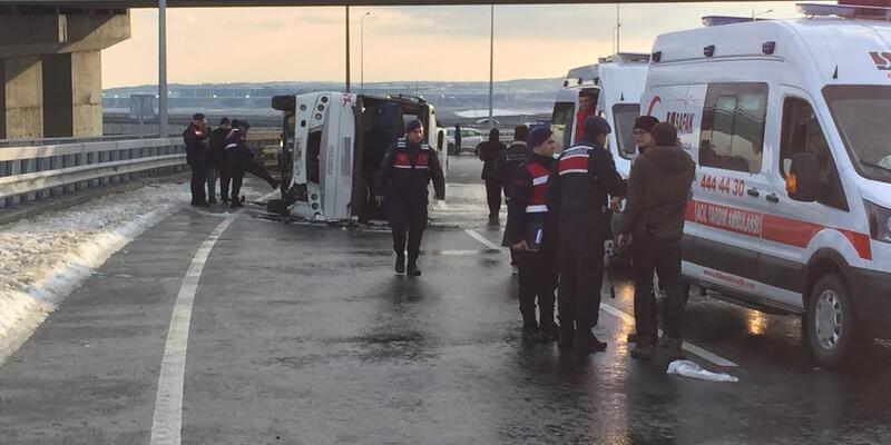 İstanbul Havalimanı servisi kaza yaptı: 1'i ağır 9 işçi yaralı
