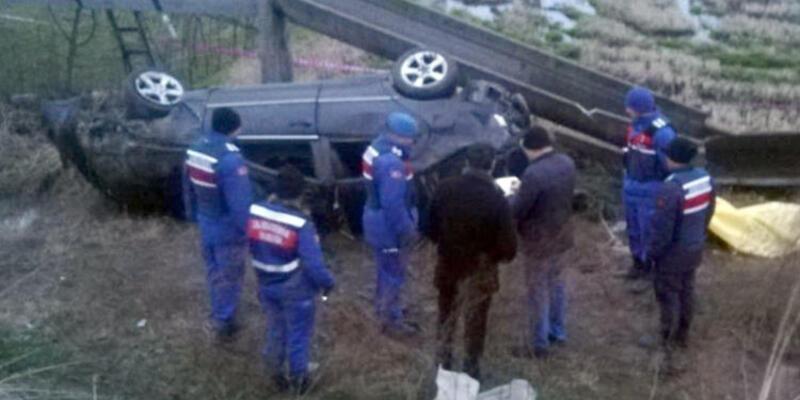 Balıkesir'de feci kaza: 2 ölü, 3 ağır yaralı