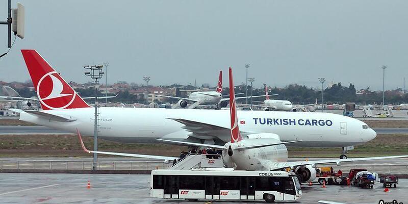 Hindistan ve Pakistan krizi nedeniyle THY'nin iki kargo uçağı geri döndü