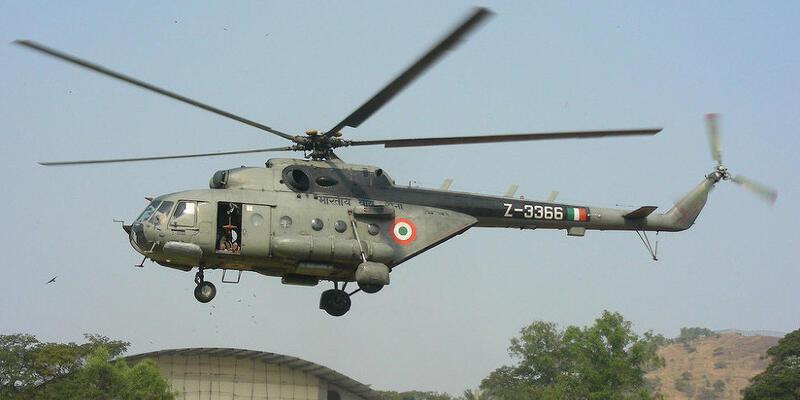 Hindistan'a ait bir helikopter düştü: 7 ölü