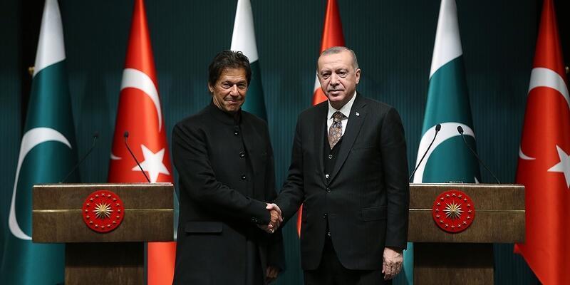 Pakistan Başbakanı Han gerilimin azaltılması için Erdoğan'ı arayacak