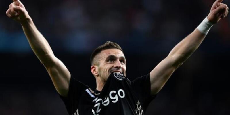 Ajax'ın yıldızı Dusan Tadic kimdir, kaç yaşında?