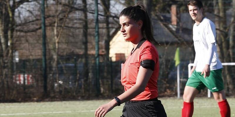 Aylin Acur Bundesliga'da maç yönetmek istiyor