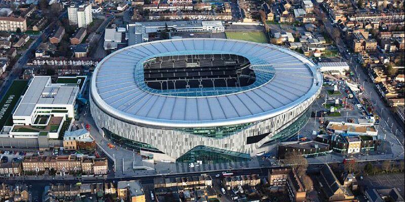Tottenham yeni stadının açılış maçını duyurdu