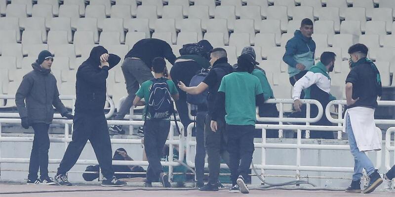 Panathinaikos-Olympiakos maçı tatil edildi