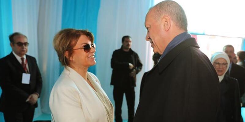 Eski Başbakan Çiller de Yenikapı'daydı