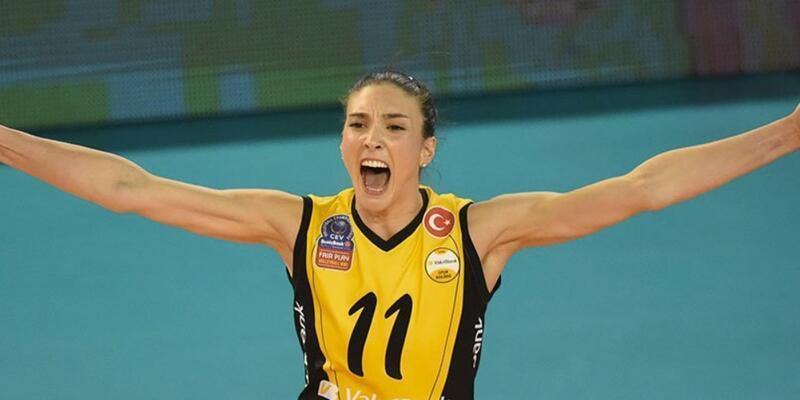 Naz Aydemir yeniden Fenerbahçe'de
