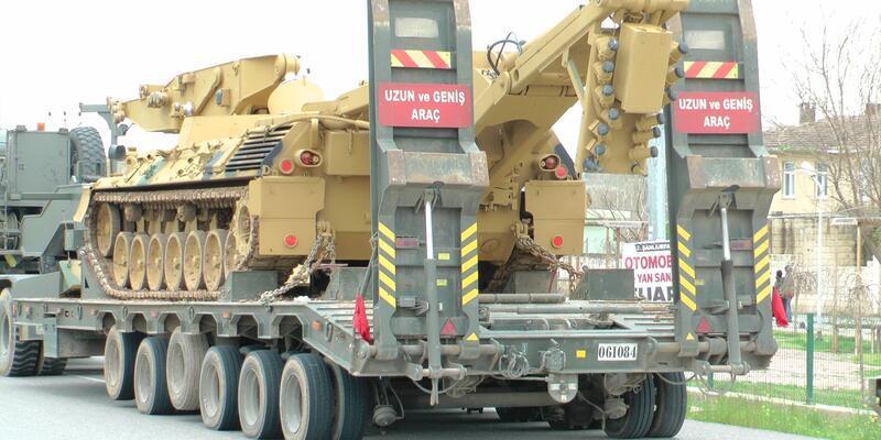 Suriye sınırına zırhlı iş makinesi sevkiyatı